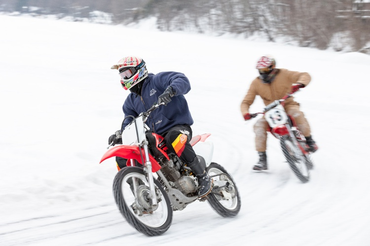 15_0207_IceRacing_057A