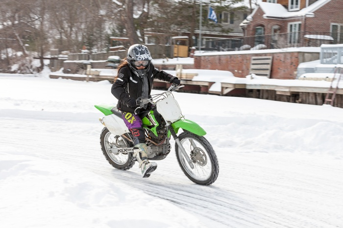 15_0207_IceRacing_108A